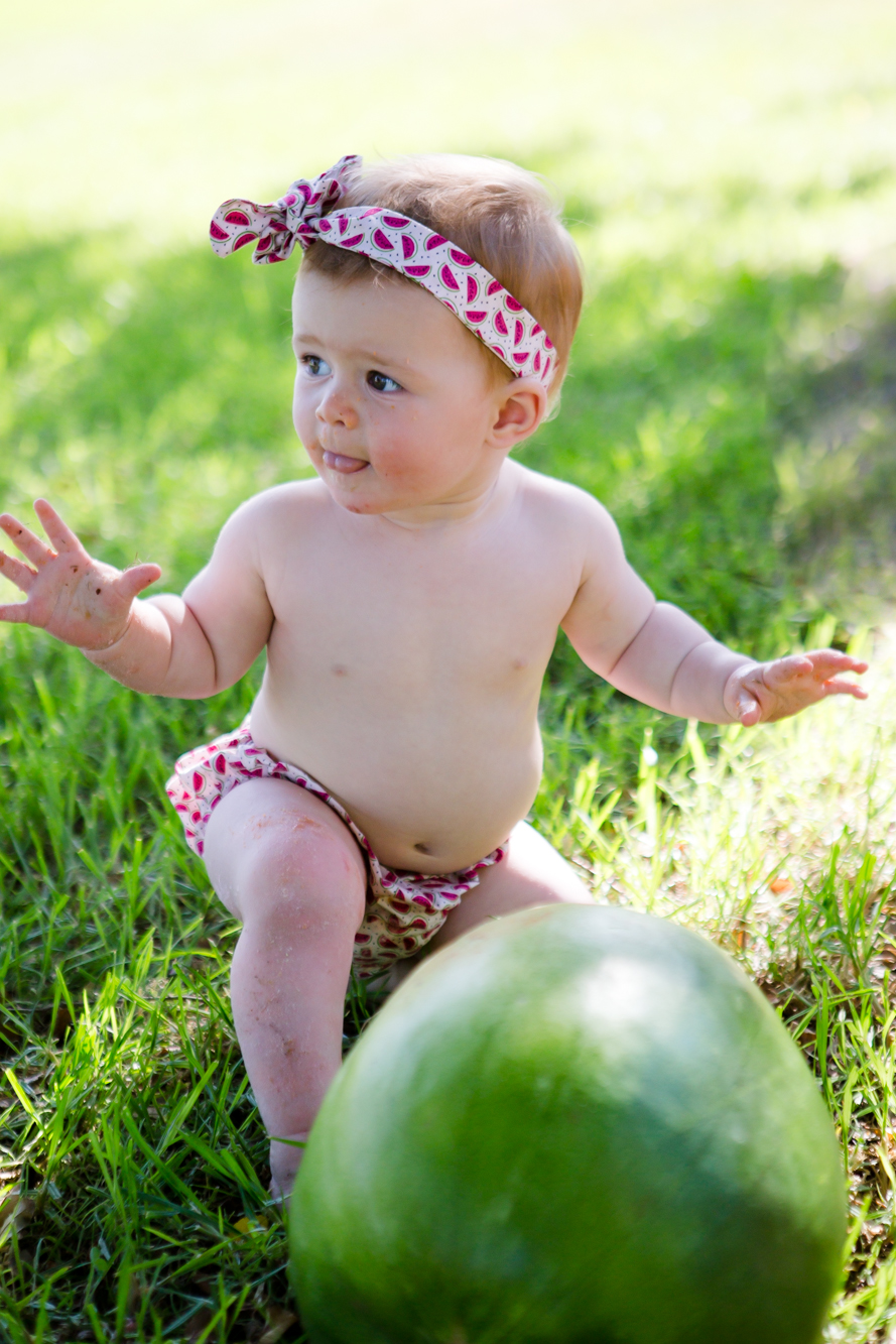 Livs1stBirthday_cakesmash_oneyearold_cake_baby_photography_babyphotos_one-20