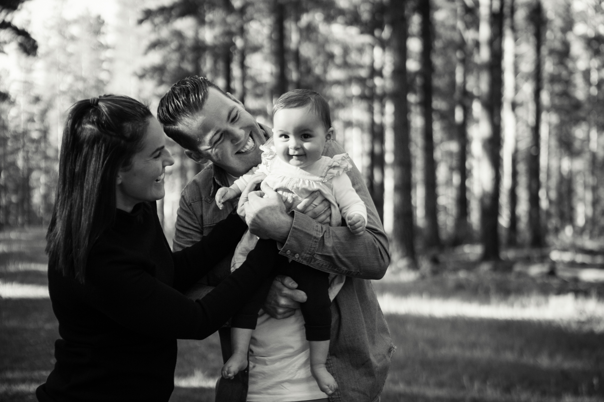 maisie_familyphotos_kuitpo_forest_adelaide_wedding_portrait_lifestyle_photographer_natural_forest_southaustralia_photography-15