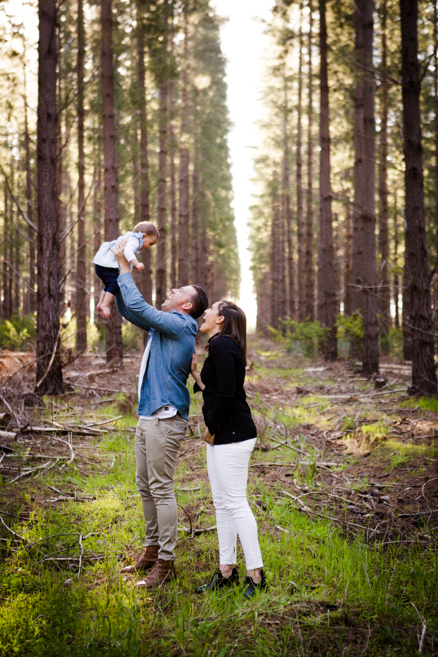 maisie_familyphotos_kuitpo_forest_adelaide_wedding_portrait_lifestyle_photographer_natural_forest_southaustralia_photography-33
