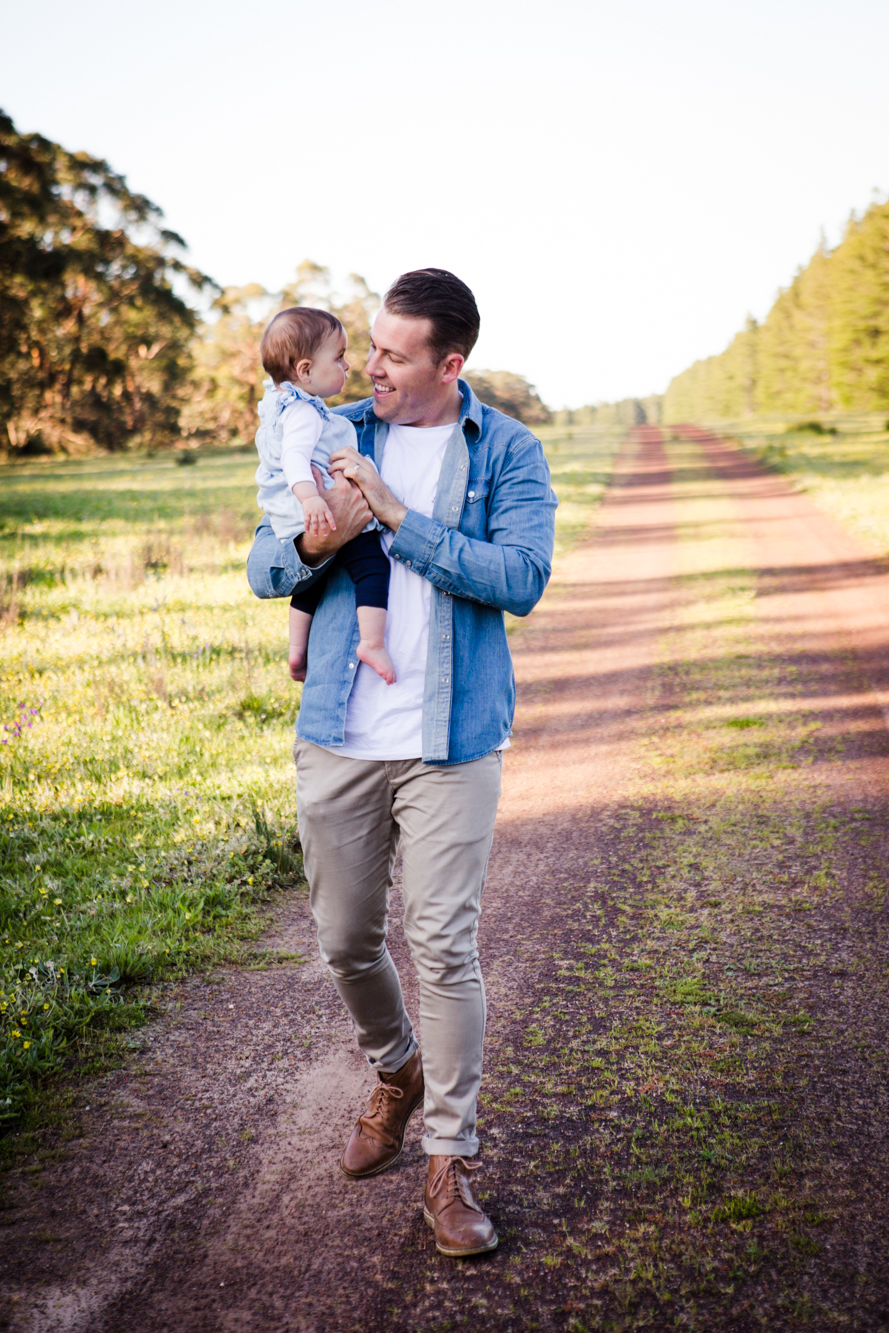 maisie_familyphotos_kuitpo_forest_adelaide_wedding_portrait_lifestyle_photographer_natural_forest_southaustralia_photography-42